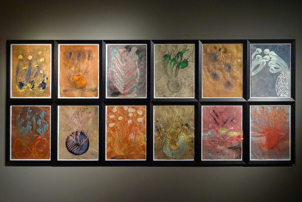 Seattle Chihuly Garden and Glass Drawing walls
