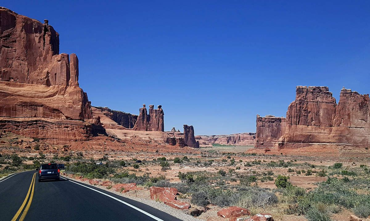 Arches Park Couthouse Towers