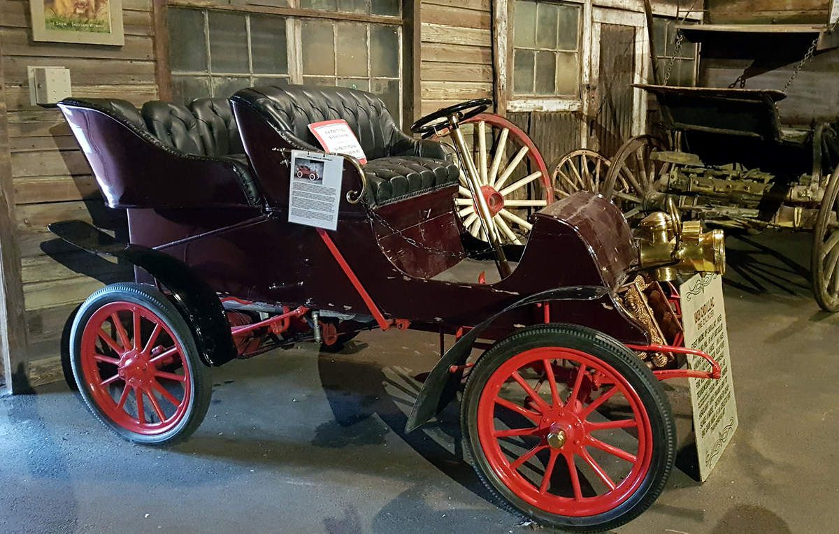 Colorado Springs Ghost Town Museum Cadillac 1903