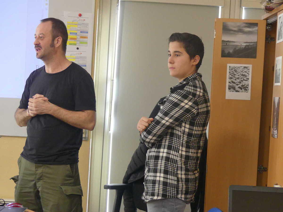 Ludovic et Enzo présentent le programme de l'atelier du jour