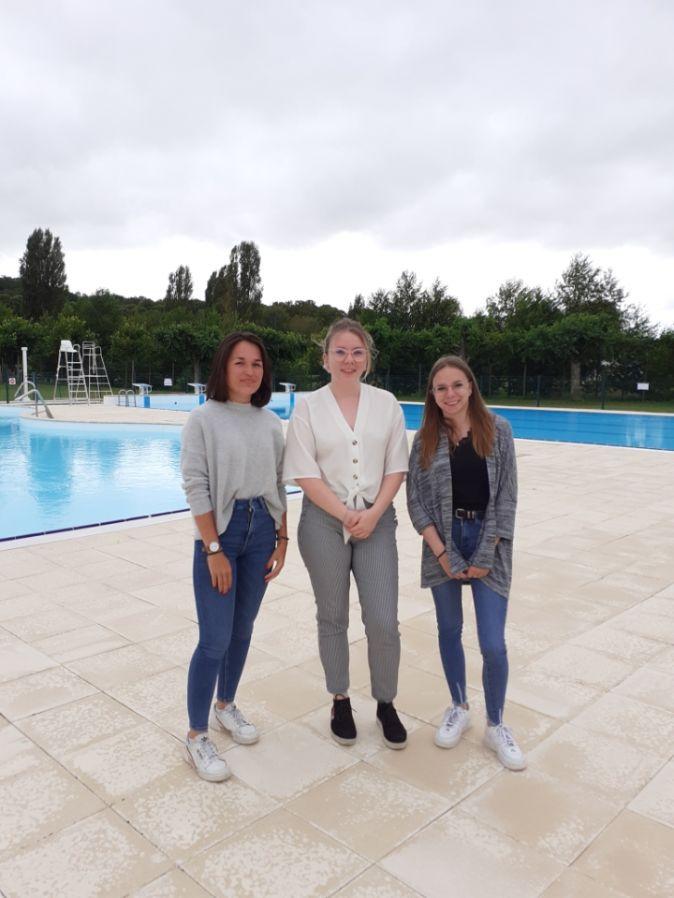 Les régisseuses de la piscine (de gauche à droite) : Romane, Morane et Océane