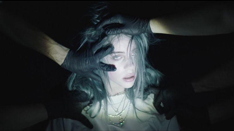 """El oscuro significado de """"todas las chicas buenas se van al infierno"""" de Billie Eilish"""