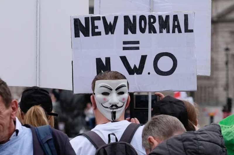"""Los manifestantes reclamaban el fin de la """"nueva normalidad"""" Crédito : Alamy Live News"""