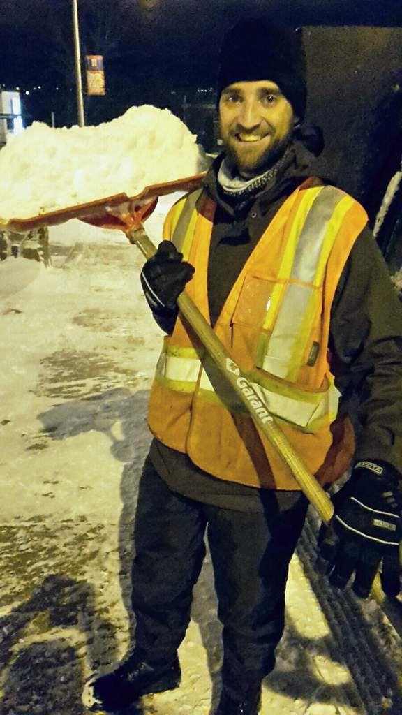 Canada : Celui qui pelletait de la neige