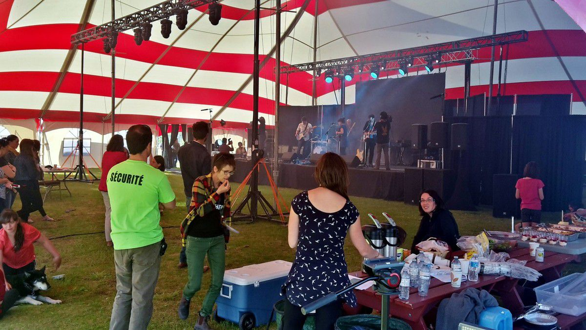 Canada - Celui qui travaillait au festival de la Saint-Jean