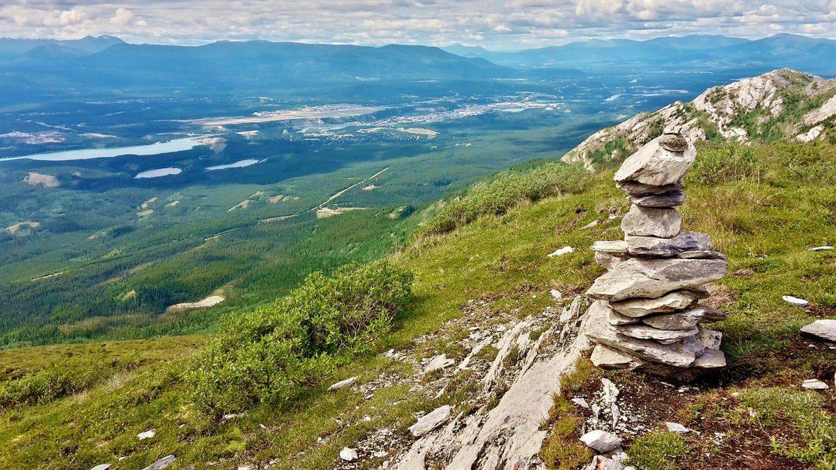 Canada - Celui qui randonnait à Grey Mountain