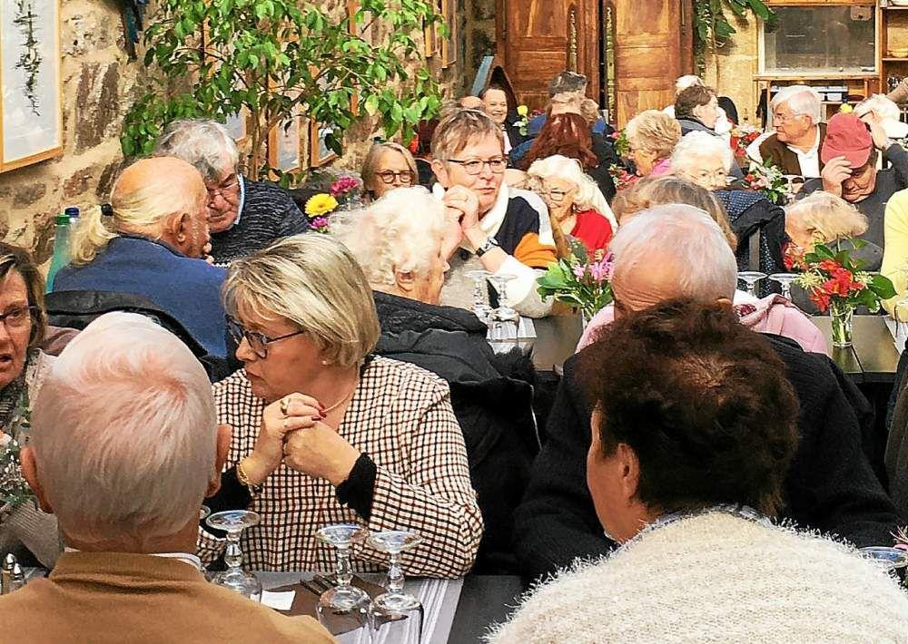 03 repas des anciens (Krec'h Kerio)