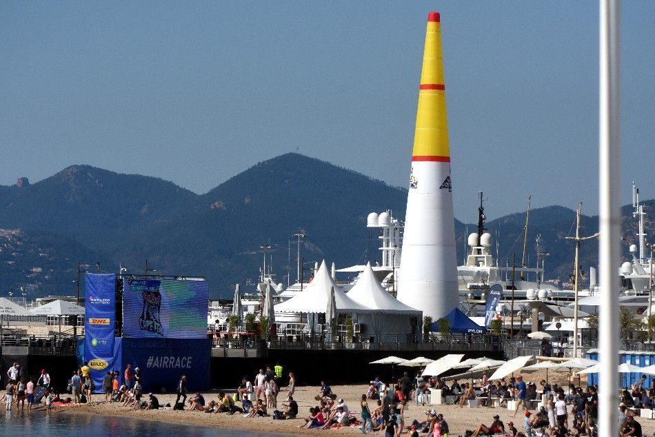LE RED BULL AIR RACE FIRST TIME IN FRANCE (1)