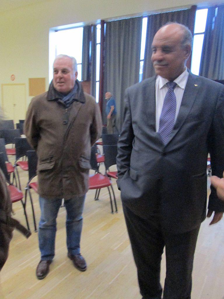 Kergloff, 6 novembre 2016: un après-midi pour la Palestine à la conférence-débat de l'AFPS avec l'ambassadeur de Palestine, Saliman Eherfi, et le militant anti-colonialiste israélien, Michel Warschawski