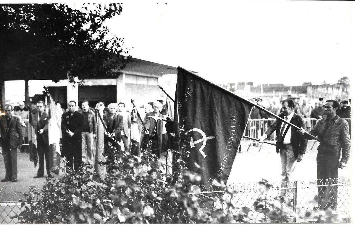 Célébration communiste d'hommage à La Résistance et à Marc Bourhis et Pierre Guéguin, Concarneau (photo archives Pierre Le Rose. PCF 29)