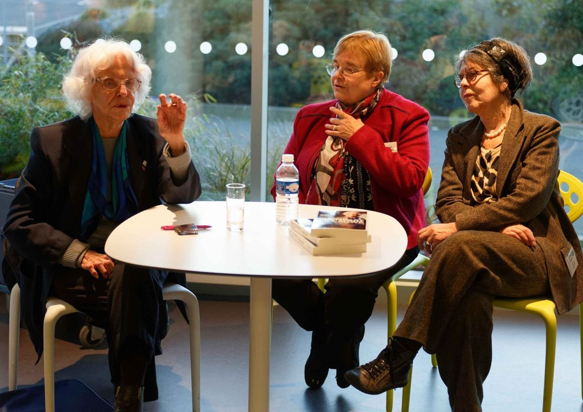 photo Jean-Marc Nayet (Marie-Jo Chombart de Lauwe, Maryvonne Moal, et Lucienne Nayet)