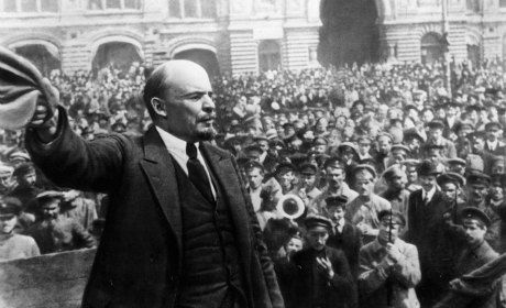 2017-1917: Centenaire de la Révolution d'Octobre. Causerie de Greg Oxley sur la révolution russe, sa préparation, son déroulement, son retentissement, ses réussites et échecs le mercredi 15 février à 18h à l'invitation du PCF à Morlaix
