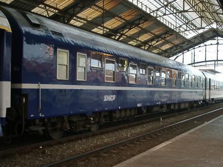 LA SNCF renoue avec les bénéfices au détriment des effectifs et des salaires (L'Humanité, 27 février 2017)