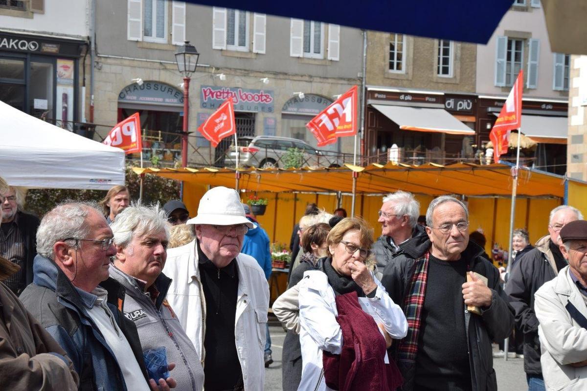 Jean-Claude Postic, Serge Bazin, Alain David, Marylise et Jean Lebranchu (photo Pierre-Yvon Boisnard)