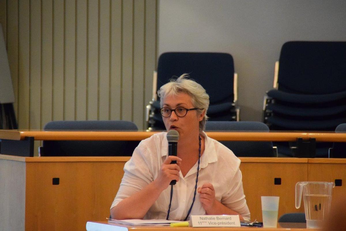 Nathalie Bernard, vice-présidente à l'environnement (transport)