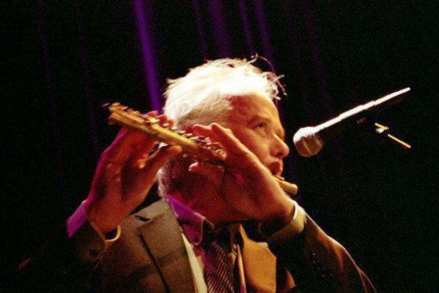 """Pol Huellou, musicien, chanteur et écrivain voyageur, amoureux de l'Irlande, nous raconte les ballades de son dernier album """"The Lost Agenda"""""""