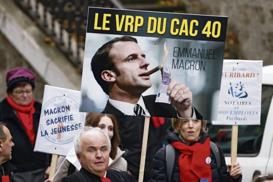 Le Medef remercie Macron et lui tresse des lauriers (Robert Clément)