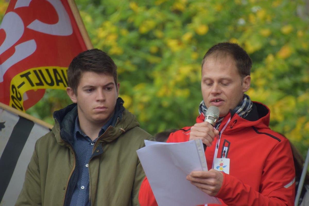 Glenn  Le Saout et Antoine Gauchard ont tout deux lu des discours toniques et mobilisateurs