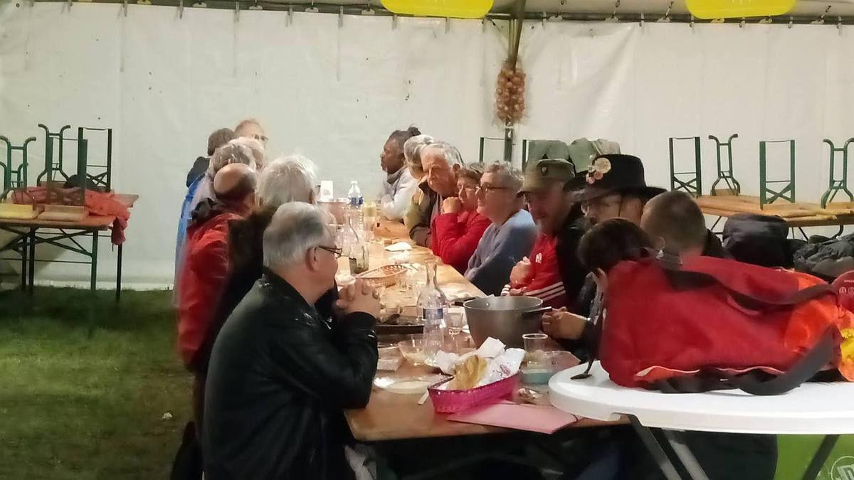petit déjeuner des bénévoles - photo Michel Tudo