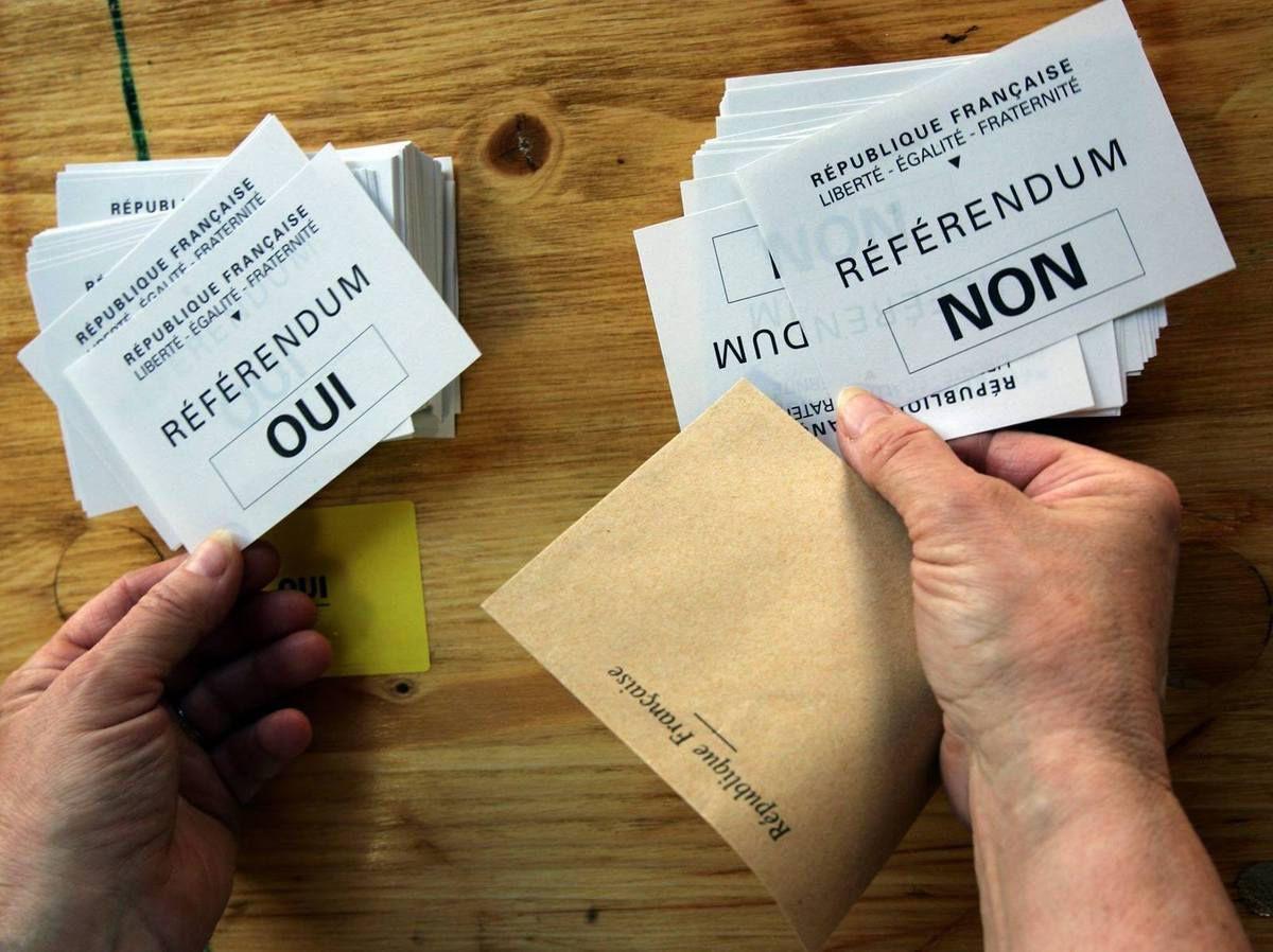 24 septembre 2000: Drôle d'anniversaire! Le quinquennat est adopté par référendum! - Par Robert Clément