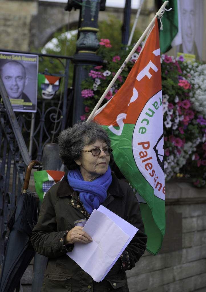 photos du rassemblement du 5 octobre 2017 pour la libération de Salah Hamouri: Morlaix, place des Otages (photos Jean-Marc Nayet)