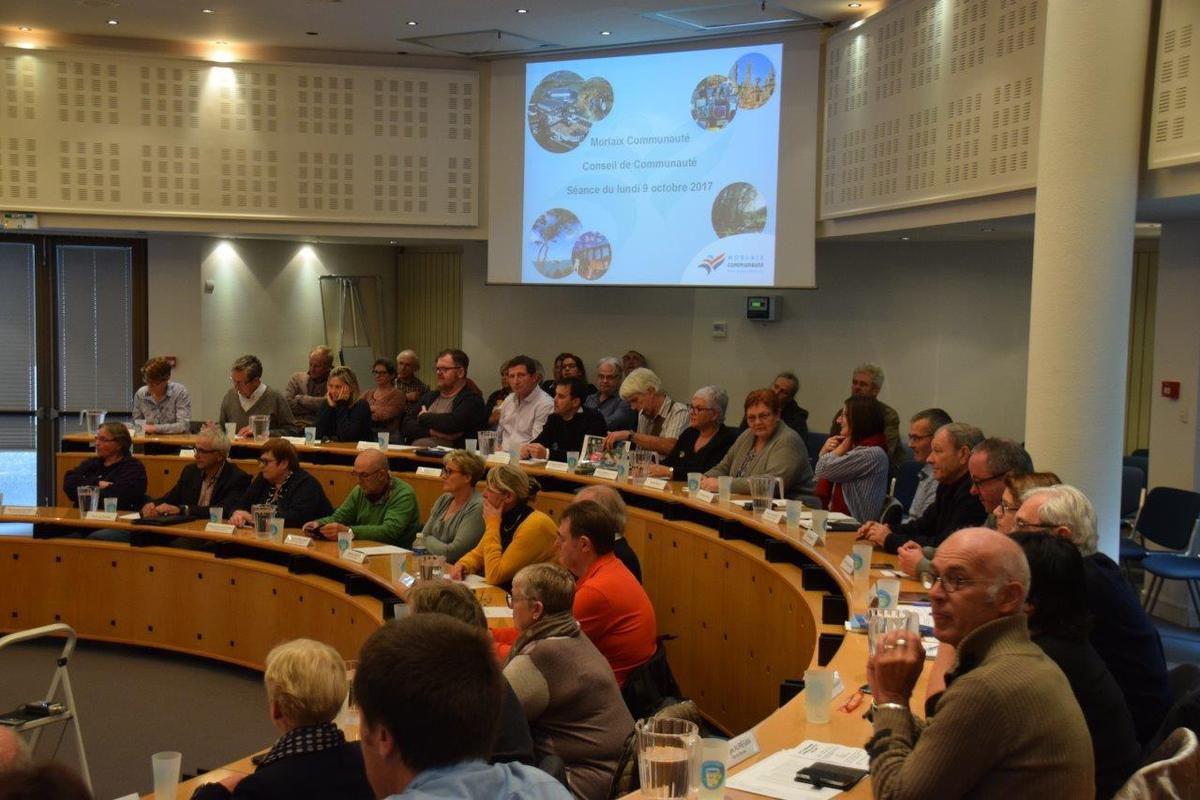 Intervention d'Ismaël Dupont au conseil de communauté du lundi 9 octobre avant l'élection du Président (et photos du Conseil par Pierre-Yvon Boisnard)
