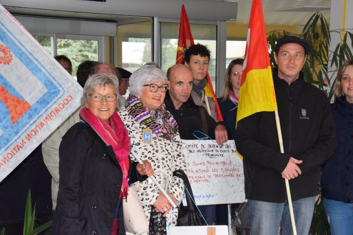 Rassemblement du 19 octobre à l'hôpital de Morlaix (photo Pierre-Yvon Boisnard)