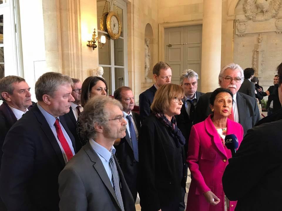 Après le projet d'augmentation des retraites agricoles porté par les communistes, Macron et En Marche  vont-ils enterrer le projet relatif à l'égalité professionnelle femmes-hommes qui devait être discuté aujourd'hui 8 mars 2018 à l'Assemblée