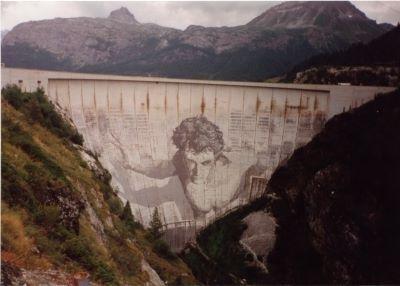 Privatisation des barrages hydroélectriques - la braderie nationale continue - par Michel Etiévent