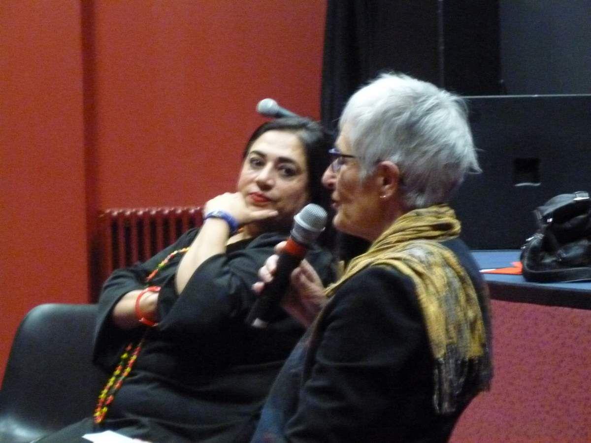 Maha Hassan avec Anne Cousin à la MJC de Morlaix dans le cadre de la Semaine de la Solidarité Internationale décembre 2017