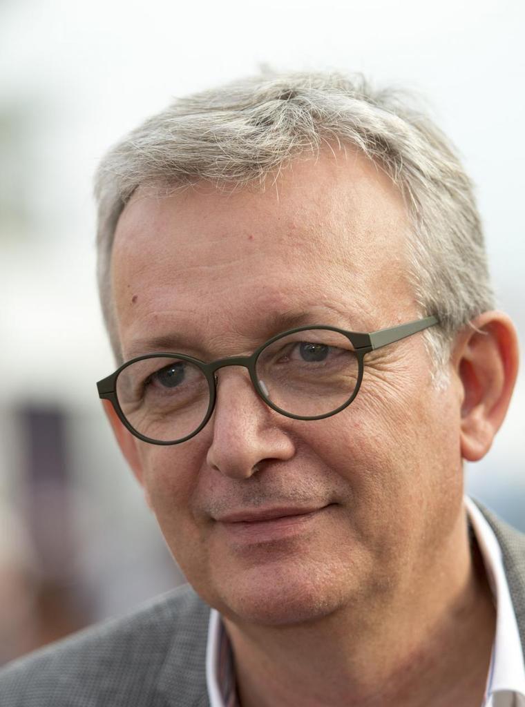 MACRON MOBILISE LES MÉDIAS, MOBILISONS LES CITOYENS ! (Pierre Laurent, secrétaire national du PCF)