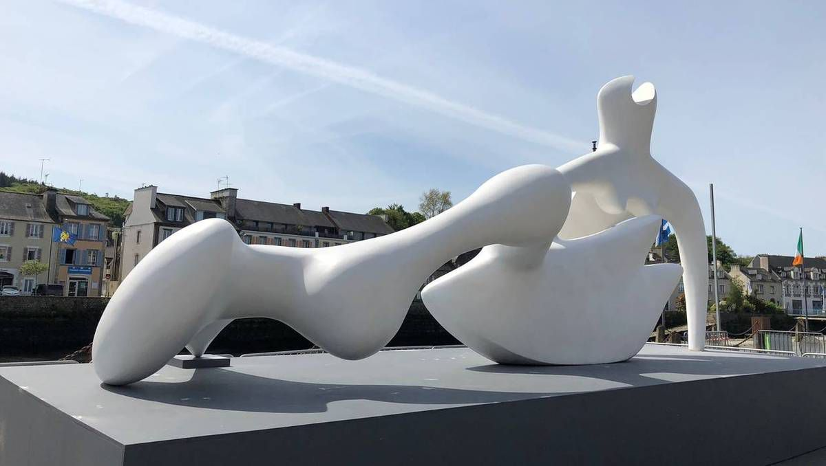 Henry Moore à Landerneau (photo Ouest-France)
