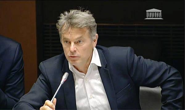 Fabien Roussel, député communiste du Nord, interpelle Vinci suite à la plainte déposé par ce groupe contre 5 militants syndicaux et politiques du Lot
