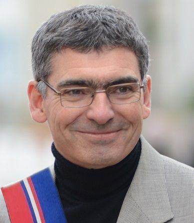 Pierre Ouzoulias, sénateur communiste en pointe dans la bataille contre Parcoursup