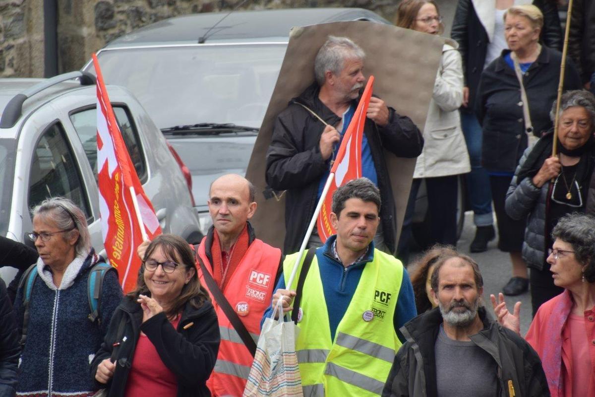 Marée Populaire contre la politique de Macron du 26 mai 2018 au départ de la gare de Morlaix