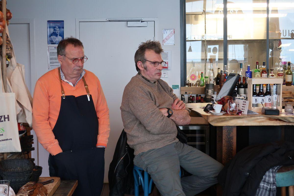 photo I Dupont Roscoff 2 Mars conférence-débat sur le Brexit et les enjeux de l'Europe avec Patrick Le Hyaric