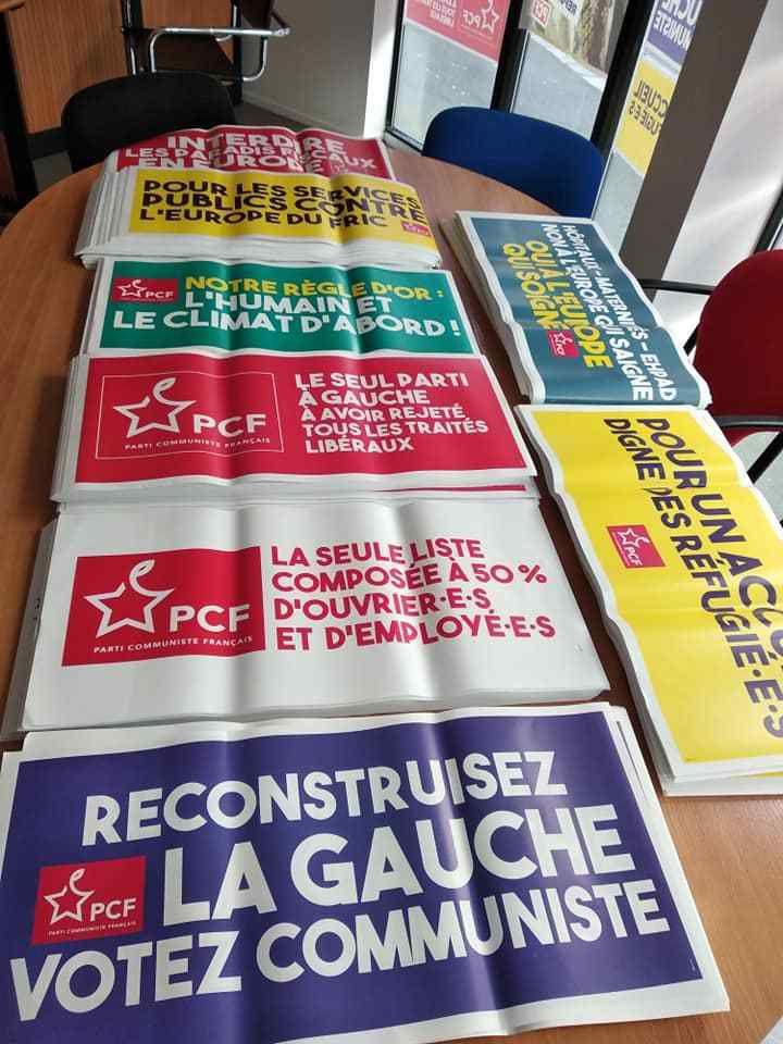 Mardi 16 avril 2019: les nouvelles affiches de la campagne Européennes de Ian Brossat, Marie-Hélène Bourlard, et nos candidats sont arrivées en fédération du Finistère