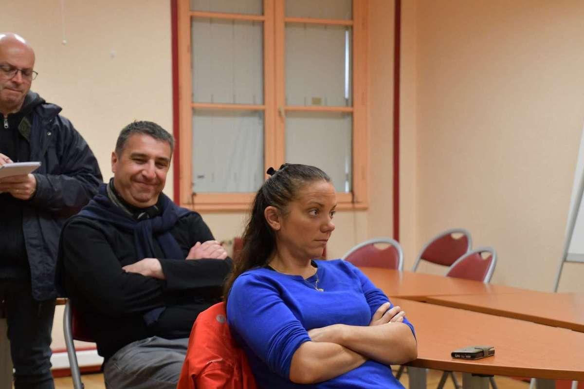 Européennes - Carhaix, samedi 27 avril, salle de Justice : Rencontre avec Glenn Le Saoût pour la liste l'Europe des Gens du PCF conduite par Ian Brossat (photos Daniel Laporte)