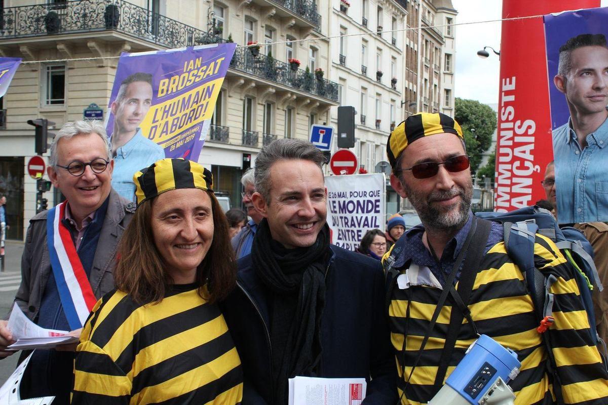 Ian Brossat, Pierre Laurent et les communistes à la manif des enseignants contre les réformes Blanquer à Paris qui a réuni 10 000 personnes ce 18 mai (photos Mathieu Mercuri)