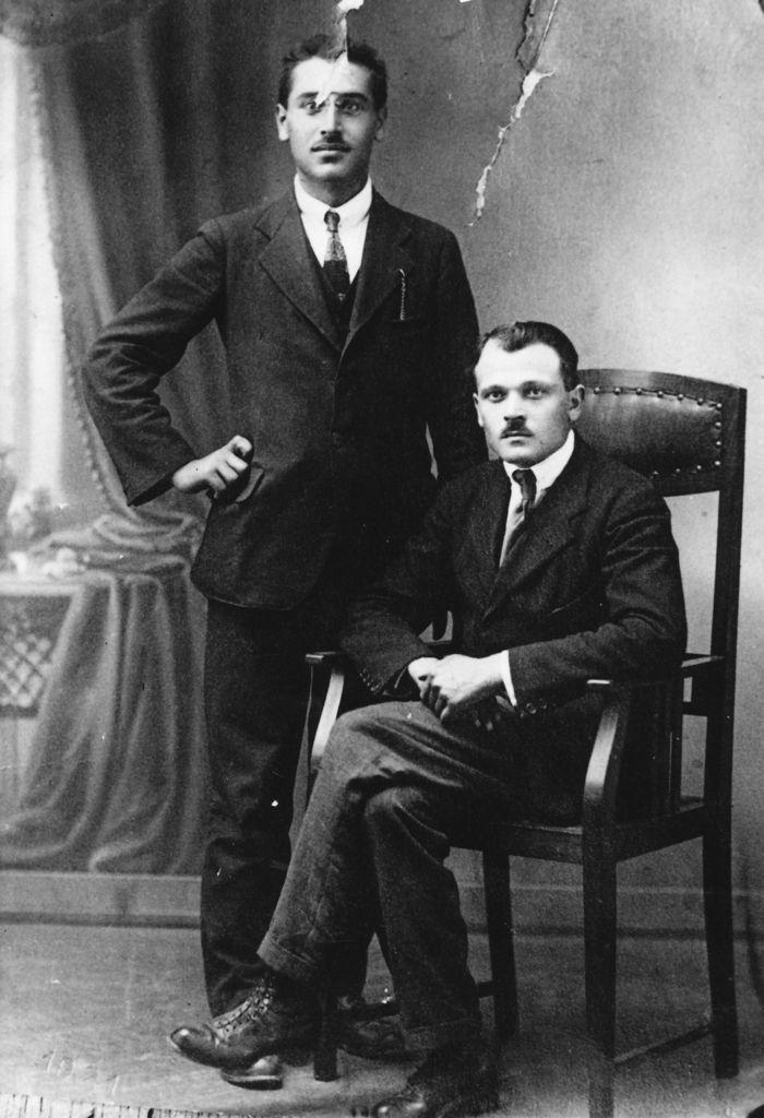 Costante Masutti et Pietro Sartor (à gauche), premier dirigeant du Parti Communiste de Pordemone - 1921 - ils se sont exilés ensemble en Suisse après l'affaire Salvato