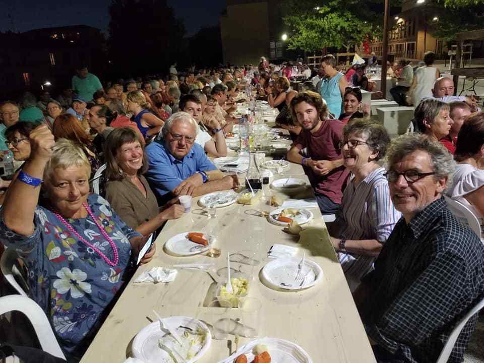 Aix-en-Provence, 23-25 août: une université d'été d'une qualité exceptionnelle avec 1000 communistes réunis dans une très belle ambiance! Un parcours dans une université d'été politique et d'éducation populaire foisonnante