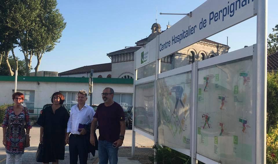 Le secrétaire national du PCF Fabien Roussel dans les Pyrénées Orientales en soutien à la ligne de fret ferroviaire Perpignan-Rungis avec Laurent Brun, de la CGT Cheminots