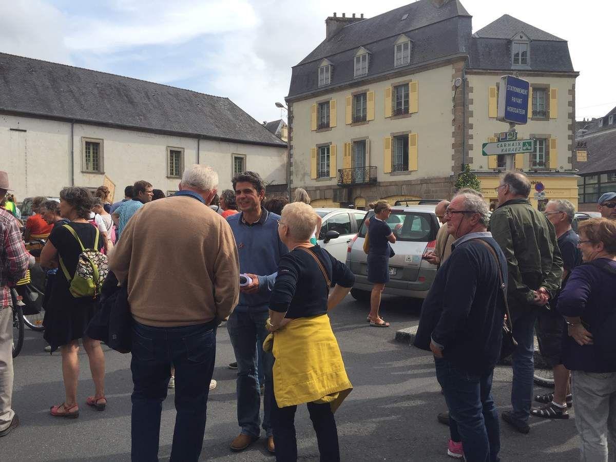 Marche pour le climat, Morlaix, 21 septembre, rassemblement place des Jacobins: photo Lucienne Nayet