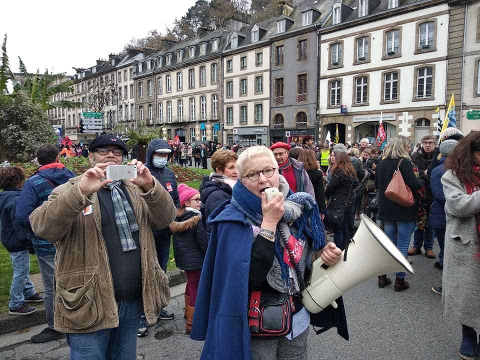 3200 personnes à la manifestation de Morlaix ce 5 décembre contre la réforme de remise en cause de nos retraites du président des riches Emmanuel Macron