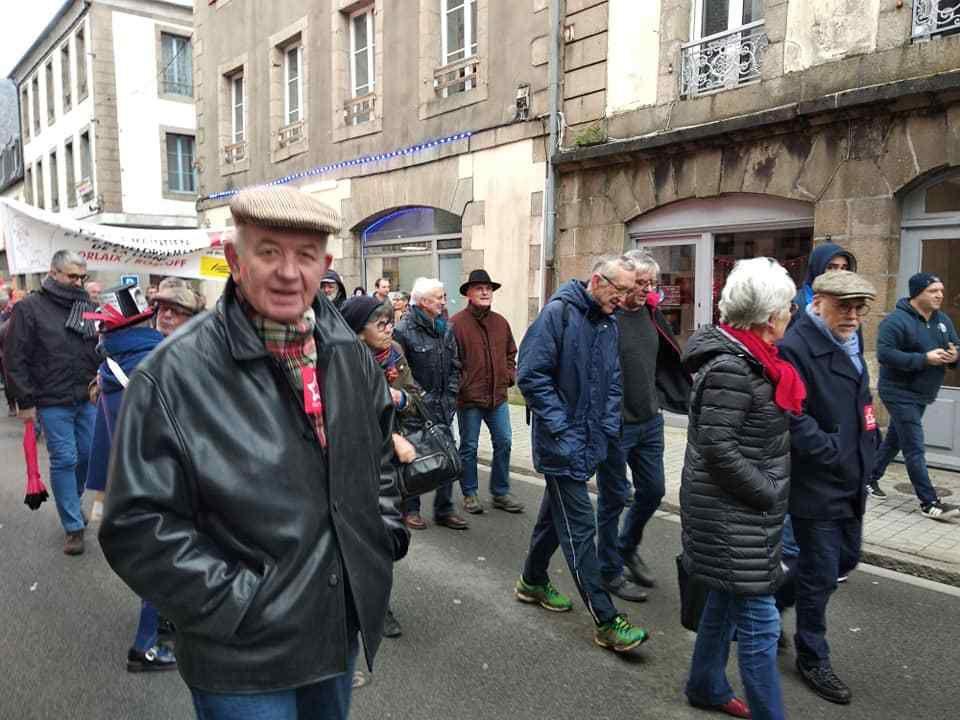 mardi 10 décembre: plus de 1000 manifestants à Morlaix contre la réforme des retraites Macron