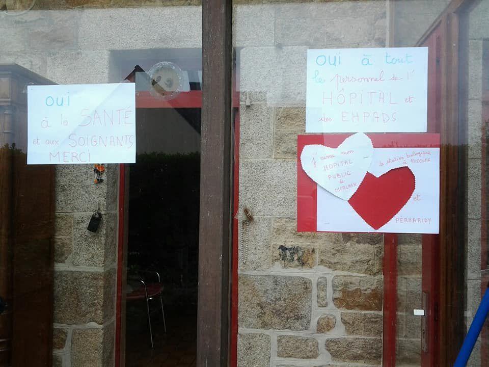Covid-19, journée mondiale de la santé : à la Feuillée, Plougonven, Plougoulm, Morlaix, on exprime sa solidarité avec le personnel soignant et la nécessité de défendre notre hôpital public et notre système de santé