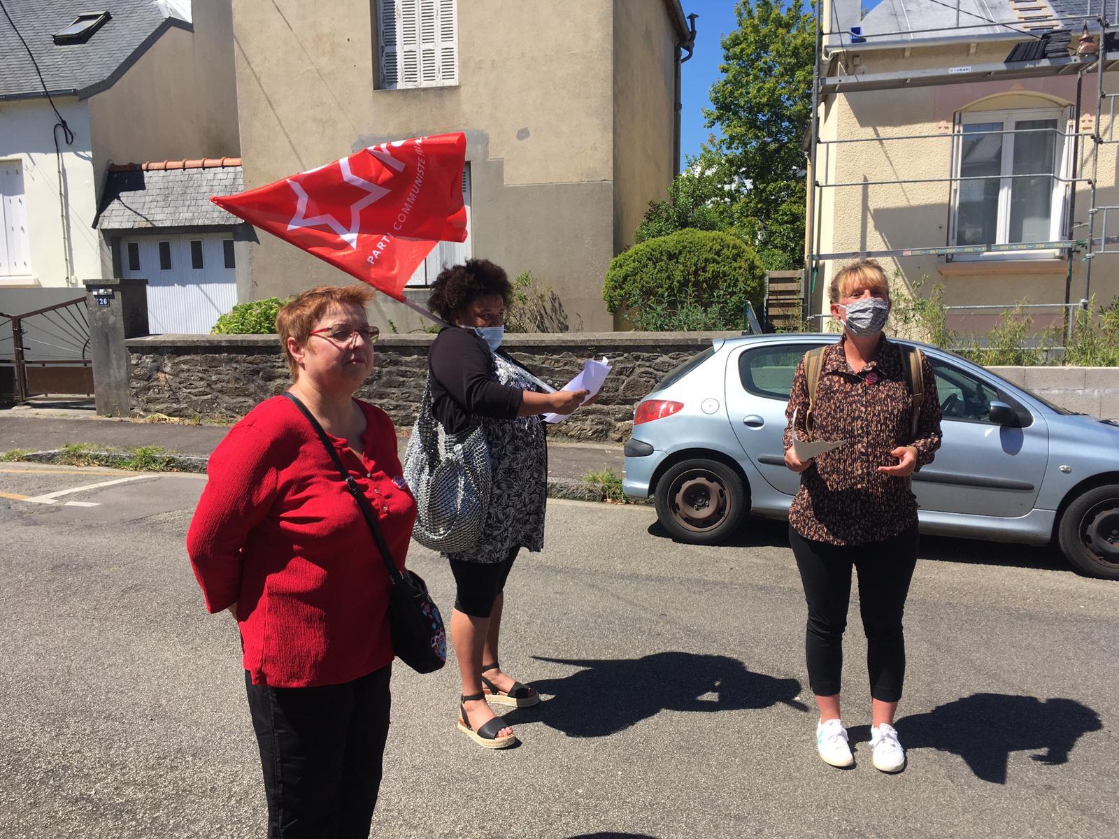27 mai 2020 - la commission féminisme du PCF Finistère rend hommage à la résistante communiste brestoise Simone Moreau en rebaptisant symboliquement une rue