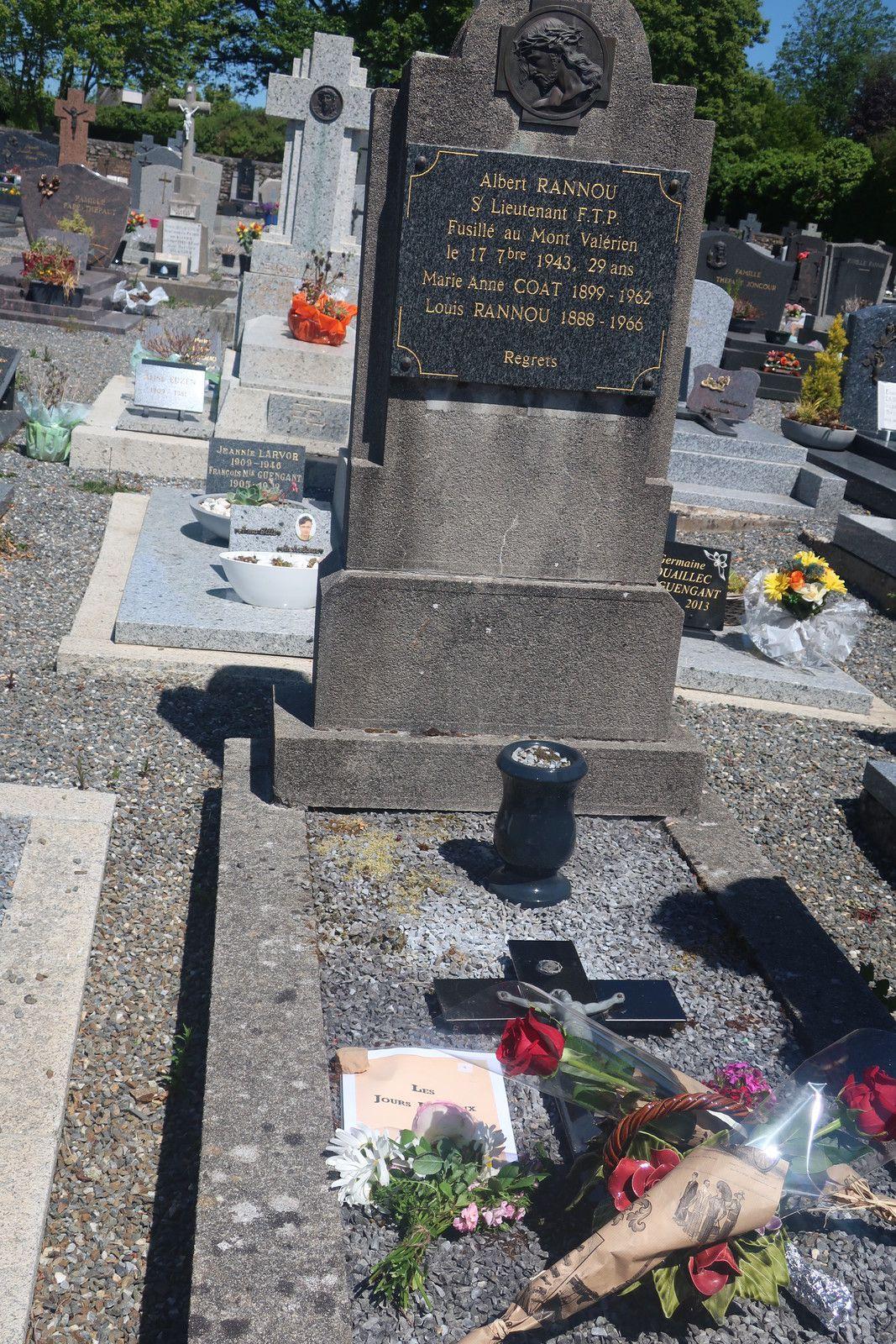 Cimetière de Guimiliau, 27 mai 2020: hommage à Albert Rannou, engagé volontaire des Brigades Internationales, résistant communiste finistérien exécuté par les Allemands au Mont Valérien le 17 septembre 1943