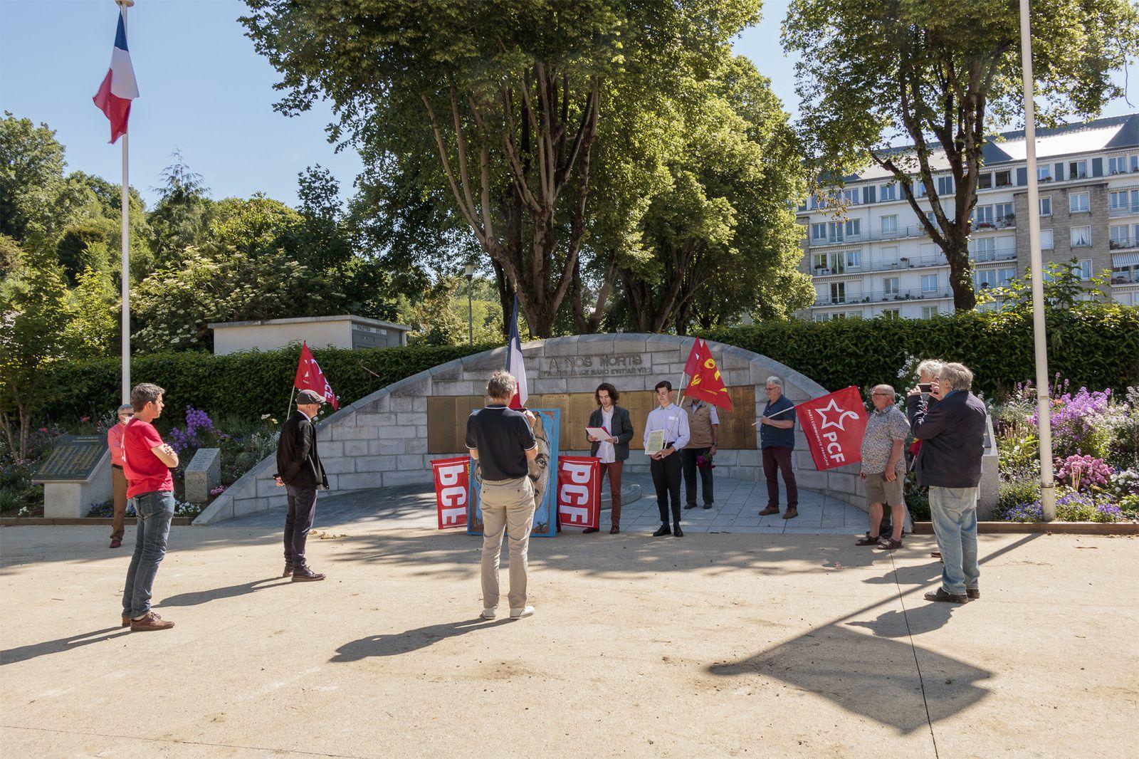 Photo Rodolphe Thirard - Rassemblement du PCF square de la Résistance à Morlaix, 27 mai 2020 - Journée Nationale de la résistance