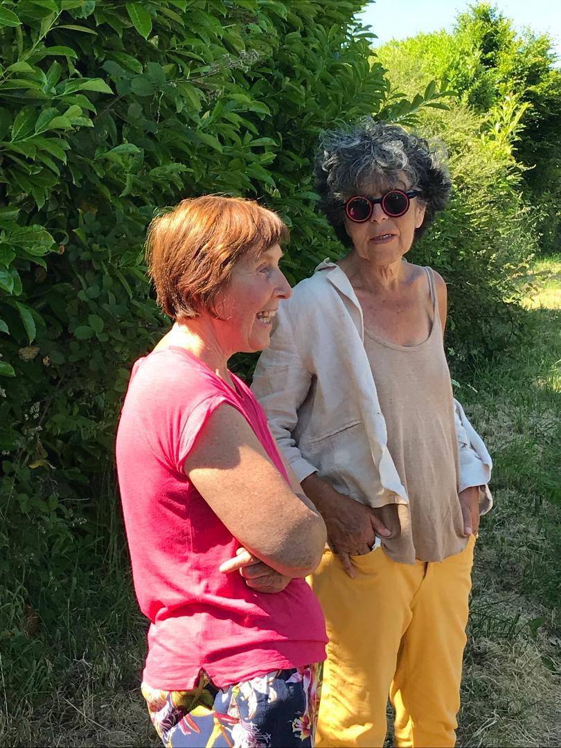 Lucienne Nayet (à droite) pour la commémoration le 27 mai de la journée nationale de la Résistance et de l'anniversaire de la création du CNR à Trédudon-les-Moines, 1er village résistant de France en Berrien